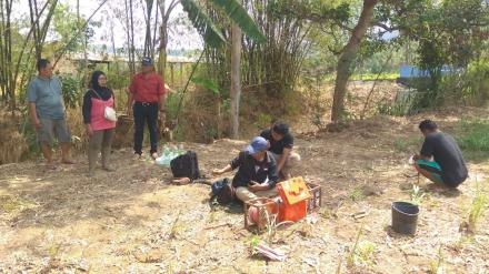 Pemerintah Desa Menggunakan Geolistrik Untuk Mencari Sumber Air di Dusun Sanan